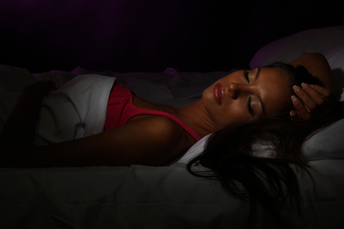 Sleeping in Total Darkness Can Decrease Toxic Effects of Radiotherapy in Breast Cancer Therapy, According to New Study